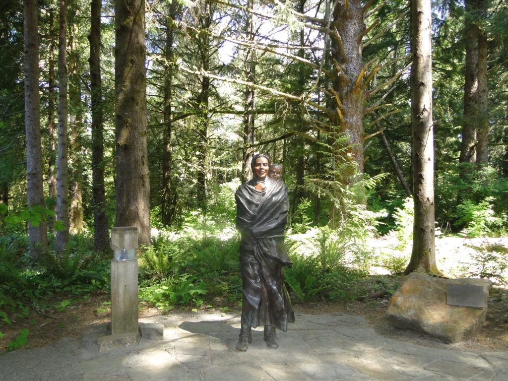 Statue of Sacajawea at Fort Clatsop, Astoria - Oregon