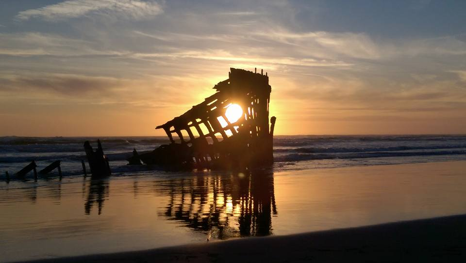 Shipwreck of Peter Iredale at Fort Stevens State Park - Hammond, Oregon