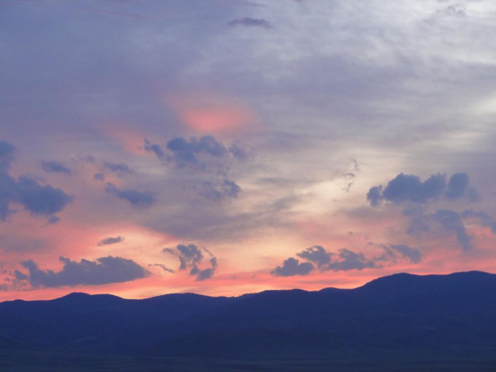 Sunset under the big skies of Montana