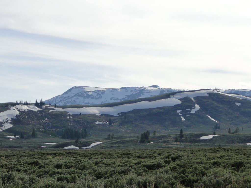 Scenery along US-191 in Montana's Yellowstone country